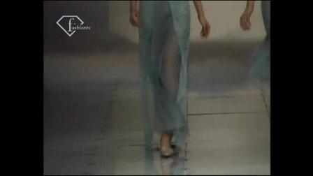 2003中国(北京)国际时装周模特介绍刘多