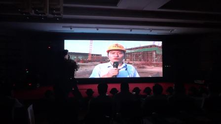 6、中联重科80米碳纤维臂架泵车施工现场采访