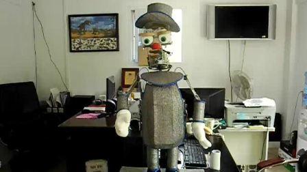 智能唐老鸭机器人