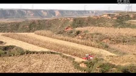 仁达玉米收割机