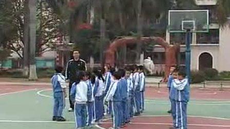 人教版《小篮球》-许良军-小学二年级体育优质课