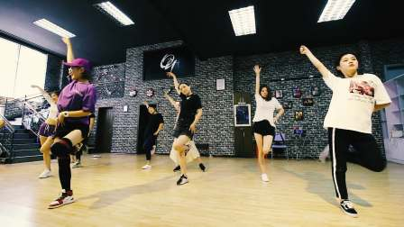 黄石欧优舞蹈流行馆专业爵士舞零基础成人培训机构