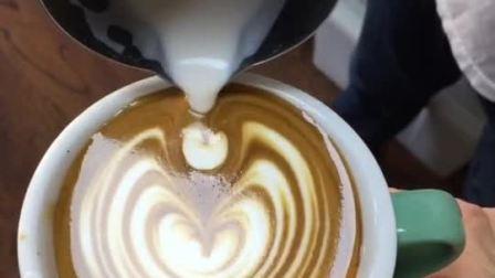 美拍视频: 咖啡拉花慢摆#才艺#