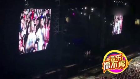 男子周杰伦演唱会上求婚女友:对杰伦的爱不变但爱你更多[www.12315gs.com]