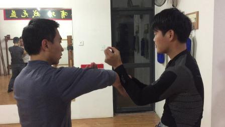 苏春辉师傅与徒弟训练
