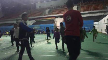 苏州市威羽专业羽毛球培训高威羽毛球教练指导