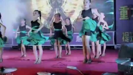 2018年广西北海市山口镇慧雅艺术培训机构汇演拉丁舞—疯狂女孩 儿童拉丁舞表演视频,少儿拉丁舞