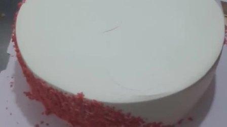 美拍视频: 新鲜奶油水果蛋糕制作