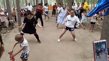 曲阳大西旺美女广场舞2
