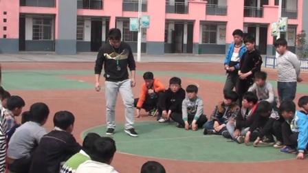 《蹲踞式起跑》优质课(人教版五年级体育,安徽市市级优课)