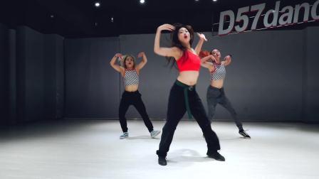 【D舞区舞蹈】- 超人气导师DADA编舞 -《ME SO BAD》教学视频