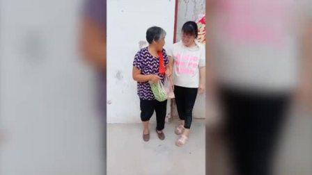 农村搞笑婆媳: 婆婆要给儿媳妇改善生活, 没想到这是婆婆的套路