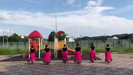 雨坛镇广场舞蹈队-- 《天边的骆驼》-- 编舞:骄阳老师
