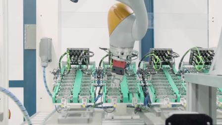 Industrial robotics - HARTING - The future of manufacturing