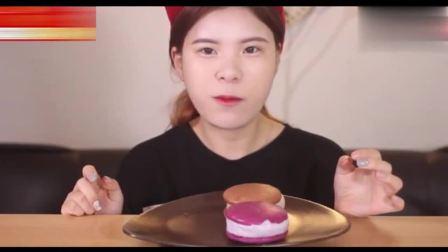"""韩国吃播当顺妹子吃""""马卡龙""""闭眼享受, 太美味"""