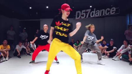 【D舞区舞蹈】— BADA导师风格班编舞《SO WHAT》舞蹈视频