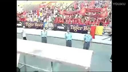 我在张卫健很早的一部电视剧《功夫足球》, 剧情特效和少林足球有一拼-西瓜视频截了一段小视频