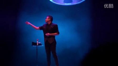 我在东三省魔术比赛金奖作品《球之花语》魔术师梓涵截了一段小视频
