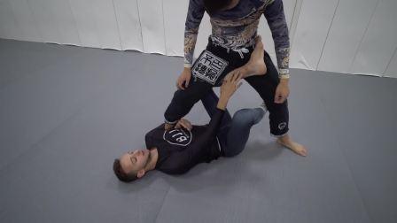 南京巴西柔术学院在线课堂第二季07 X防守扫接直腿锁