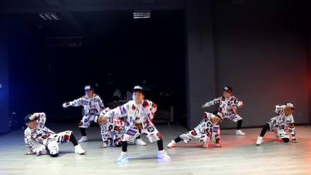德阳【非越】街舞-少儿街舞嘻哈男孩