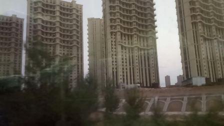 2621次(昌平北—赤峰)通过赤峰西站(未来的赤峰高铁站)