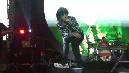 《世界妙物纪热波音乐节》:华晨宇 《我管你》与粉丝震撼嗨唱燃现场