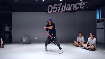 【D57职业舞者进修营】—Adrian《BRITISH HEADBOARDS》