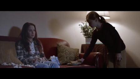 非常生动的阿尔茨海默症公益广告,用孩子的角度对比,很有创意