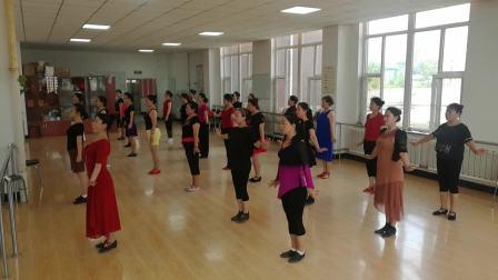 明珠社区舞蹈团《晚秋》