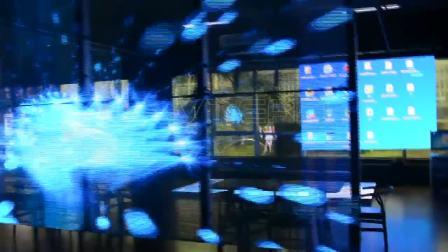 侧发光LED透明屏iClear-S 侧面正面播放效果 8块箱体拼接吊装