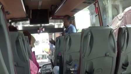 08042018_E 印度导游王天宇车上讲解印度风俗和沿途