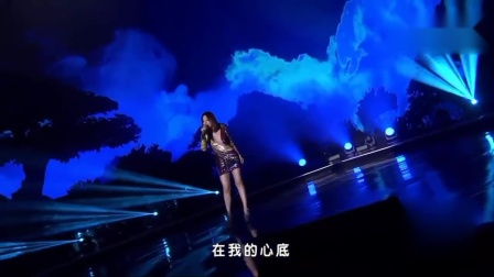 """180829张靓颖获华歌榜""""内地最佳女歌手""""奖"""