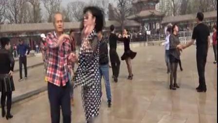 金霞吉特巴舞队春游水上公园记2018、4、.mp4
