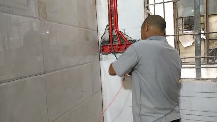 生万精装水电工培训,广州最好的电工培训学校,中国唯一实操水电实操基地