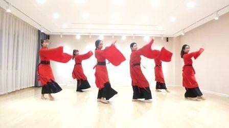 礼仪之邦舞蹈练习室 简单好看的年会舞蹈婚礼舞蹈