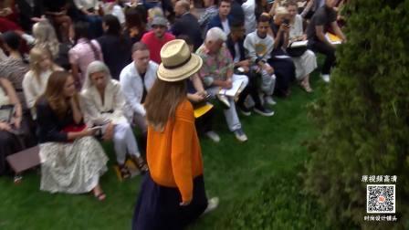 Tory Burch 2019 SS 春夏纽约时装周女装T台模特走秀高清视频