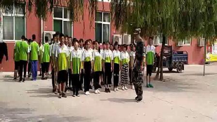 正德学校学生军训队形练习20180830