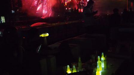 2018长沙阿斯嘉特电音节黑茨潮饮的VIP寂寞狂欢 黑茨夜光酒 微醺派对饮料