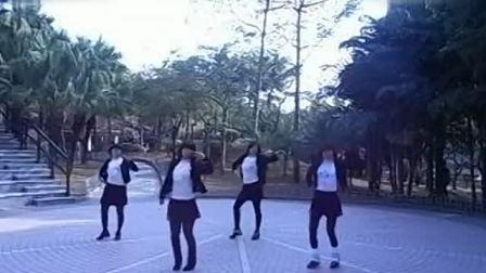凤凰香香广场舞甩葱歌