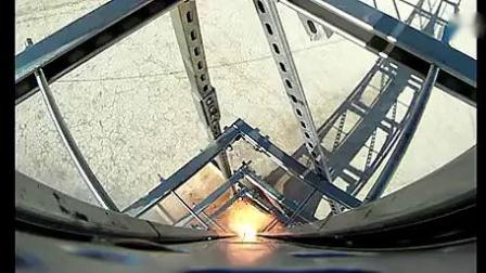 【太空】娄底市牛人自制火箭飞上太空_标清