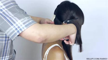 亚裔美女长发被乱剪成超短发剪长发