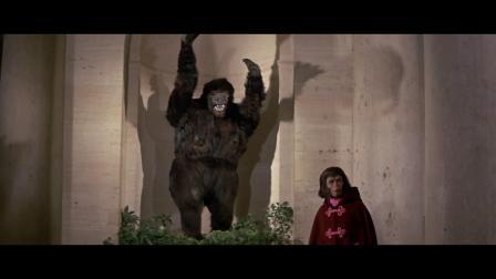 猿人宇航员太空迷失来到300年前的地球,带您观看《逃离猩球》!