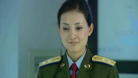 司令员刚拿出烟要点,却被女军官阻止,在旁边的参谋长都没话说!
