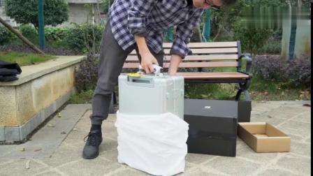 锤子科技罗永浩设计制作的地平线8号旅行箱开箱