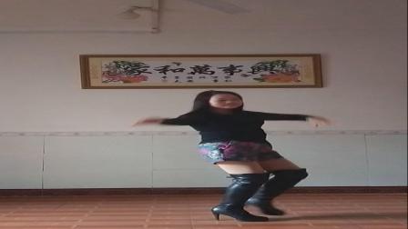 桂林阿凤广场舞《爱你每一天》编舞:花之韵习舞:阿凤