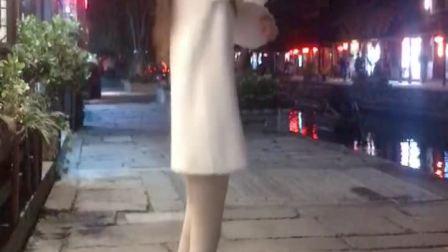 因为裙子有点短重拍了好几次,害羞😊