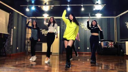[舞极无限]HYuna-How`s this-翻跳-金泫雅-小野马-泫雅-抖音最火舞蹈-双井爵士舞-热门舞蹈教学