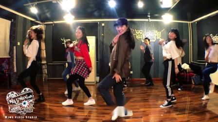 北京爵士舞教学一对一-劲松附近爵士舞培训班-双井爵士舞培训学校-爵士舞教学一对一-大望路附近去哪学爵士舞-舞蹈教学-抖音最火舞蹈