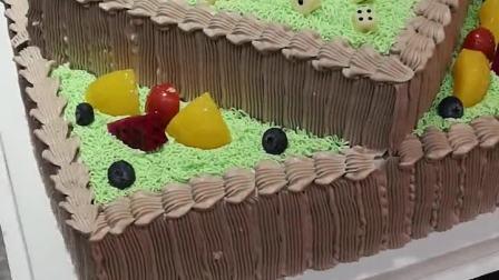 土豪订蛋糕就是不一样!!!
