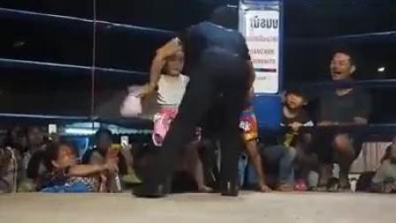 泰国少儿拳击比赛